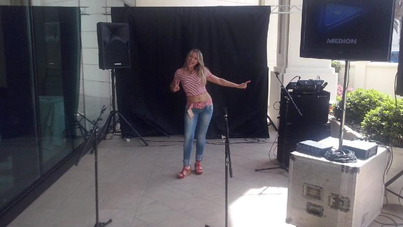 Presentadora Cantante